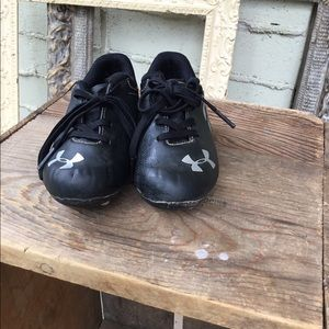 ⭐️3 for $20⭐️ VGUC Under Armour cleats sz 10